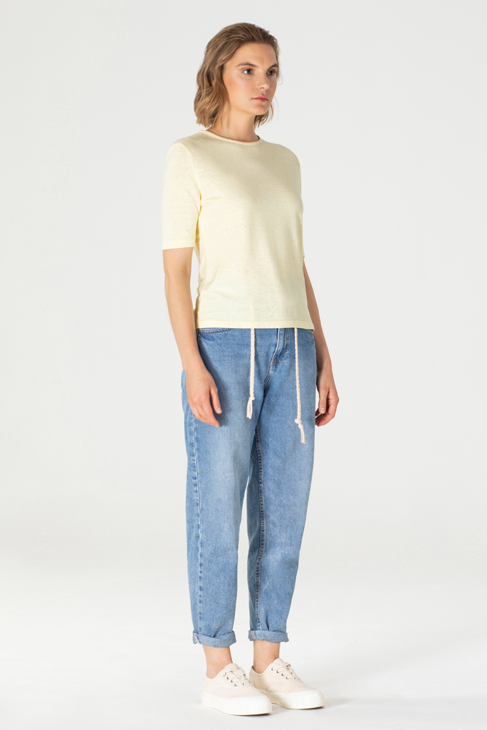 T-Shirt Frida Lichtgeel 1