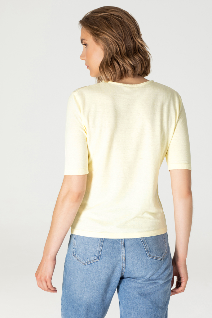 T-Shirt Frida Lichtgeel 2